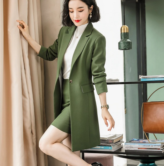 Long Blazer For Women - Find The Right One To Match Her
