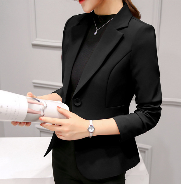 Choosing A Black Blazer For Women