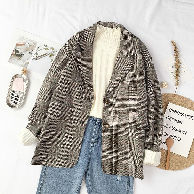 How to Shop For a Vintage Blazer