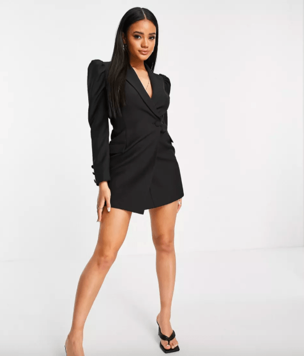 Give Your Party An Attraction With Blazer Dresses