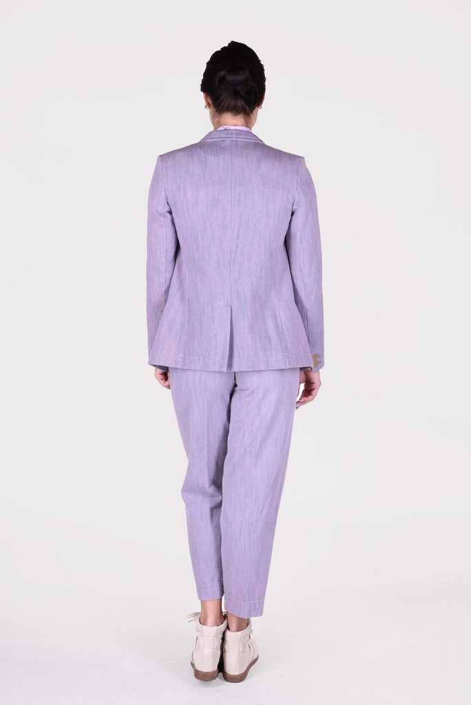 How To Turn Your White Collared Shirt Into A Cool Purple Blazer In No Time
